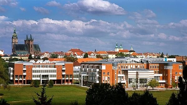 Představujeme vysoké školy – Univerzita Hradec Králové