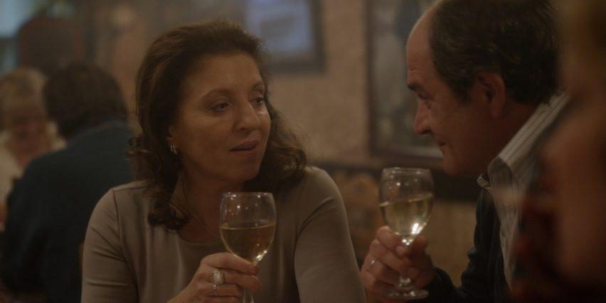 Recenze: Dobrá manželka aneb Kdy je ještě v pořádku stát za svým mužem?