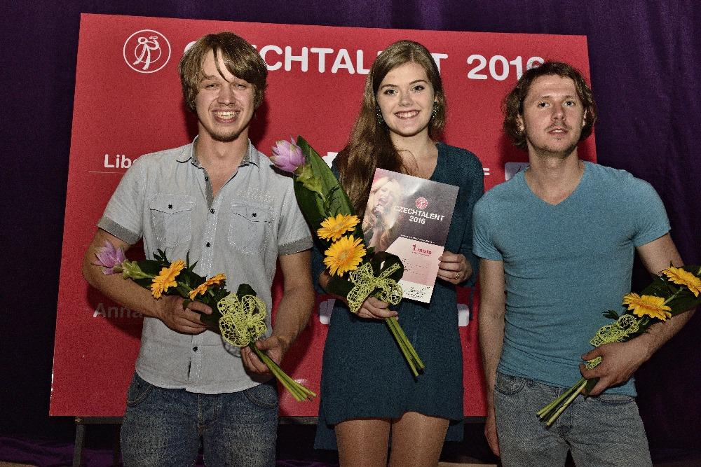 Slovenka Anna Bartová s Čerešněmi vyhrála Czechtalent 2016