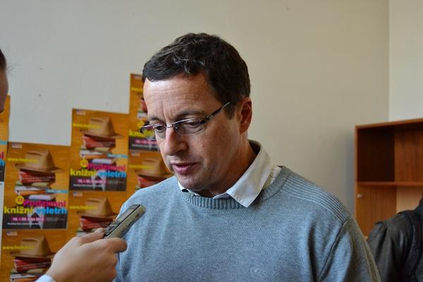 Čtenáři a čtení v České Republice – jaká je situace?