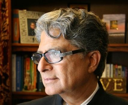 Umíte vzít život do vlastních rukou? Jak na to, poradí nejžádanější americký kouč – Deepak Chopra