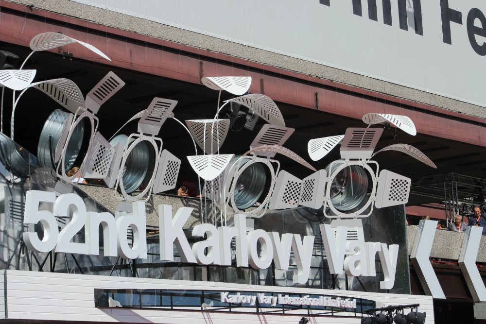 VýVary z Varů: Atmosféra na kolonádě