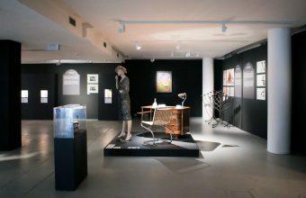 Galerie Tančící dům otevřela třináct komnat První republiky vtematické expozici