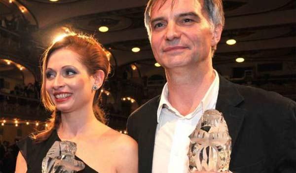 Drama Ve stínu získalo devět Českých lvů. Nejlepší herecké výkony podali Gabriela Míčová a Ivan Trojan