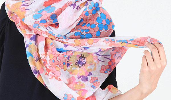 Objevte zcela novou kolekci hřejivých šál a nákrčníků v podzimních barvách od Flamingopark